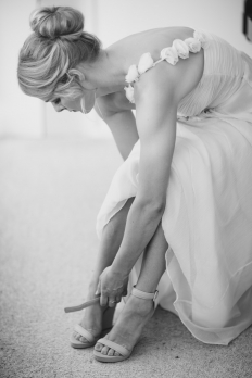 REAL WEDDINGS - OLIVIA & CHRIS: 6566 - WeddingWise Lookbook - wedding photo inspiration