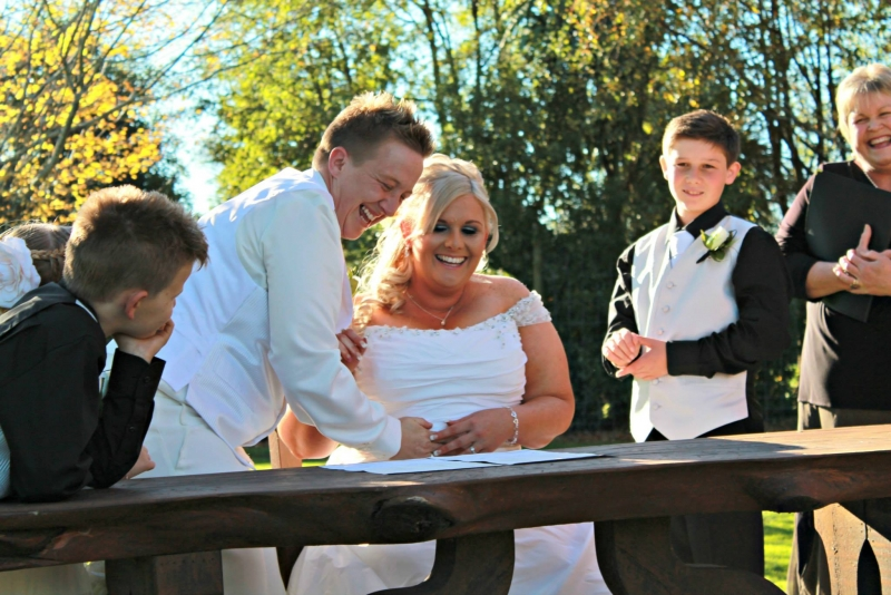 Julie Lassen - the smiling Celebrant: 6636 - WeddingWise Lookbook - wedding photo inspiration