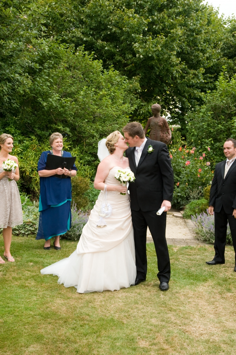 Julie Lassen - the smiling Celebrant: 4971 - WeddingWise Lookbook - wedding photo inspiration