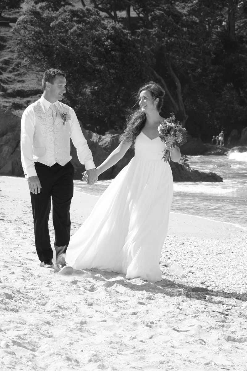 Summer Weddings: 8145 - WeddingWise Lookbook - wedding photo inspiration