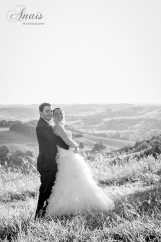 A KIWI FRENCH WEDDING - HAPPILY WED: 8385 - WeddingWise Lookbook - wedding photo inspiration
