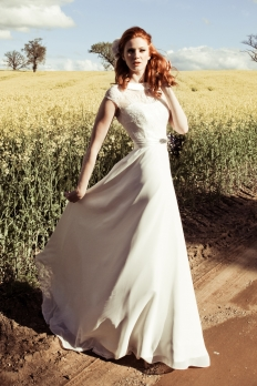 Mae by Johanna Hehir: 10597 - WeddingWise Lookbook - wedding photo inspiration