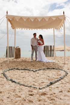Beach Weddings: 8992 - WeddingWise Lookbook - wedding photo inspiration