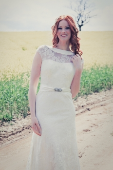 Mae by Johanna Hehir: 10589 - WeddingWise Lookbook - wedding photo inspiration
