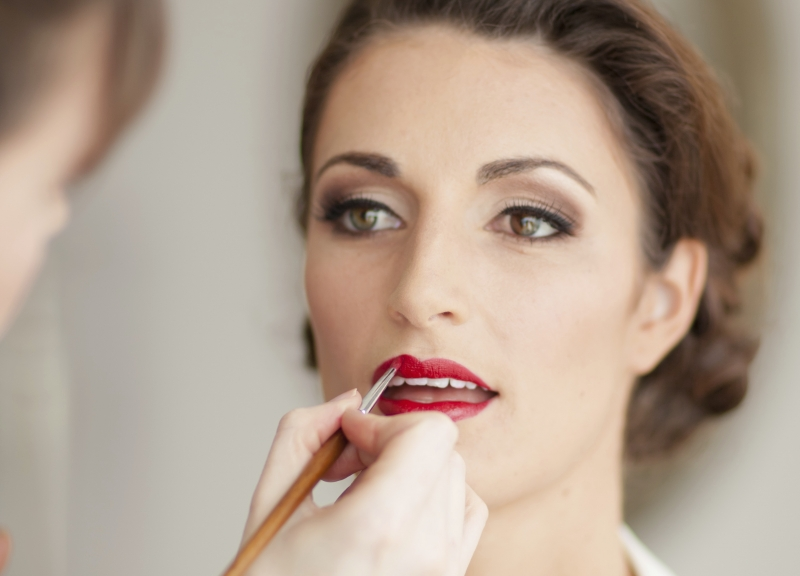 Vintage Makeup by LILLYBETH: 4927 - WeddingWise Lookbook - wedding photo inspiration