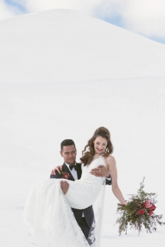 Winter elopement collection: 16983 - WeddingWise Lookbook - wedding photo inspiration