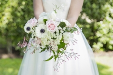 Garden romance: 10487 - WeddingWise Lookbook - wedding photo inspiration
