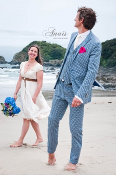 Love Birds: 7332 - WeddingWise Lookbook - wedding photo inspiration