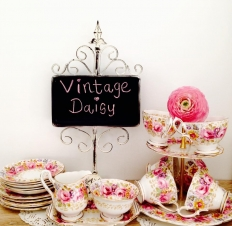 Vintage Daisy: 16365 - WeddingWise Lookbook - wedding photo inspiration