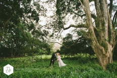 Tyler + Lee :: Abbeville Estate :: Auckland Wedding :: The Lauren + Delwyn Project: 13806 - WeddingWise Lookbook - wedding photo inspiration