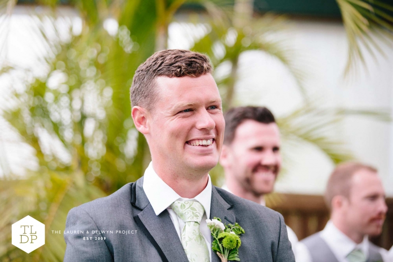 Haylea + Matt :: Auckland Botanic Gardens :: The Lauren + Delwyn Project: 13851 - WeddingWise Lookbook - wedding photo inspiration