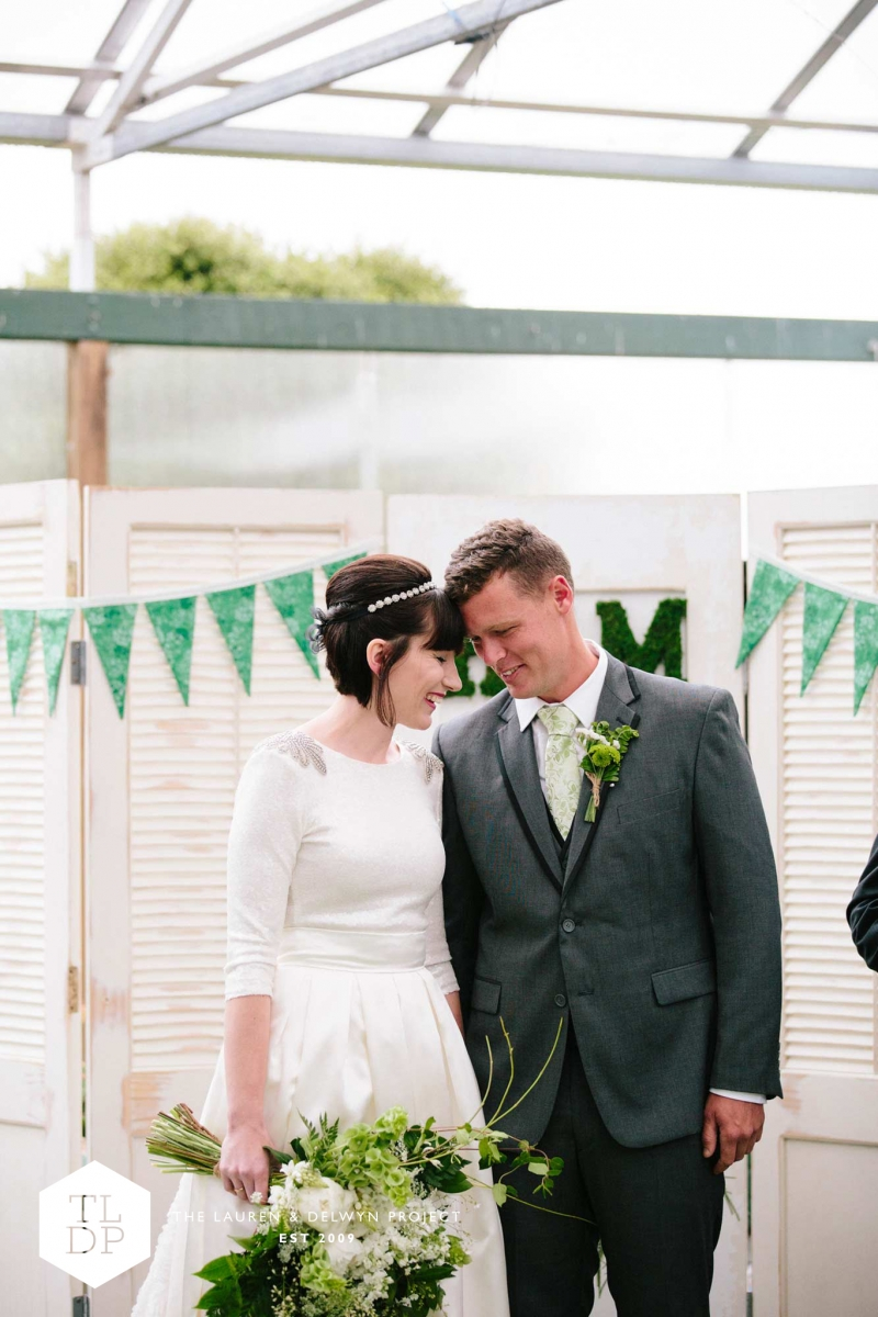 Haylea + Matt :: Auckland Botanic Gardens :: The Lauren + Delwyn Project: 13853 - WeddingWise Lookbook - wedding photo inspiration