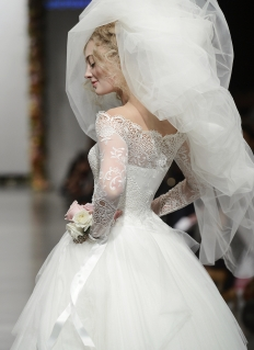 Anna Schimmel, Fashion Week Collection: 7264 - WeddingWise Lookbook - wedding photo inspiration