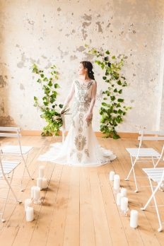 White and green wedding inspiration: 13277 - WeddingWise Lookbook - wedding photo inspiration