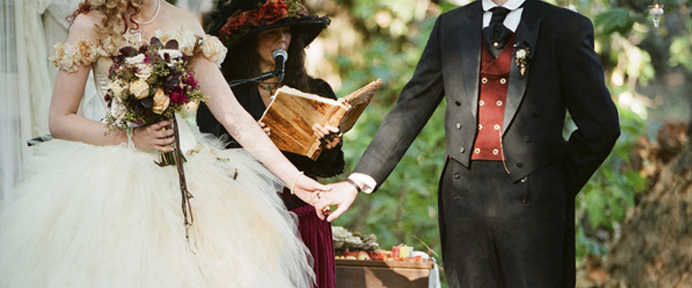 Costume Weddings – How To Get Your Guests to Enjoy the Fun - WeddingWise Articles